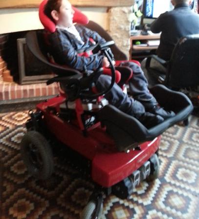 essai fauteuil topchair qui monte les escaliers